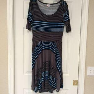 LuLaRoe Nicole Dress SZ L Gray Black Blue Striped